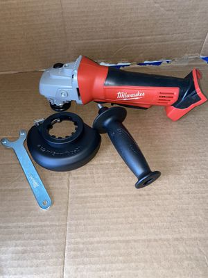 Milwaukee M18 18-Volt Lithium-Ion Cordless 4-1/2 in. Cut-Off/Grinder (Tool-Only) New for Sale in Riverbank, CA