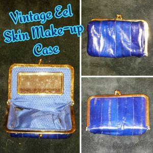 Vintage Eel Skin Make-Up Case for Sale in Romeoville, IL