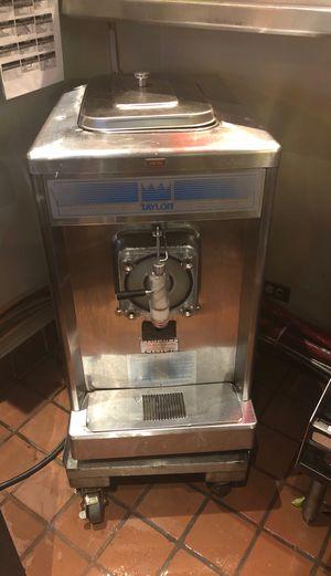 Margarita machine 220 volt for Sale in Saginaw, TX