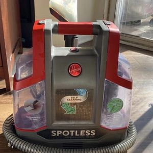 Spotless Hoover Vaccume for Sale in Cary, NC