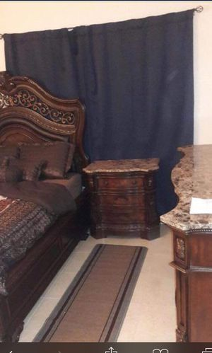 Queen Bedroom Set for Sale in Hollywood, FL