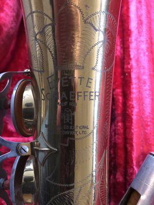 Vintage Evette Shaefer Saxophone for Sale in Parsippany, NJ