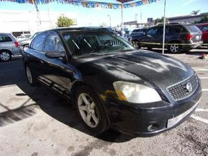 Nissan altima 06 for Sale in San Diego, CA