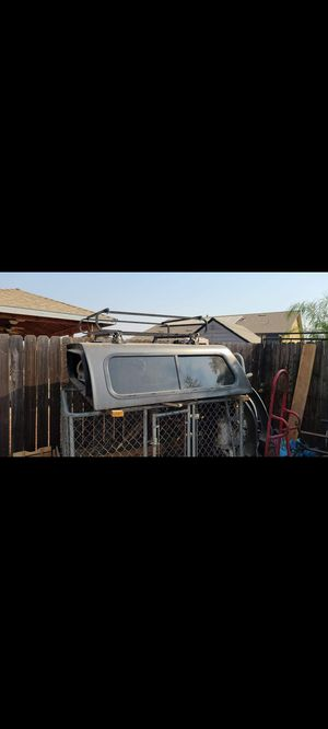 Colorado/canyon Camper Shell for Sale in Lindsay, CA