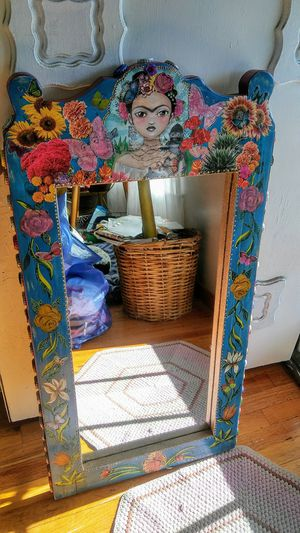 Frida Kahlo mixed media mirror for Sale in San Jose, CA