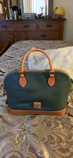 Dooney & Bourke for Sale in Alton, IL
