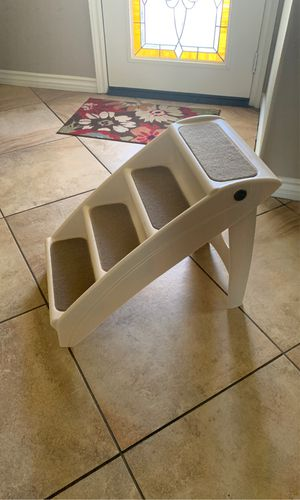 Pet staircase. for Sale in Fontana, CA