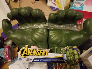 Hulk Grip Fists for Sale in Parkersburg, WV