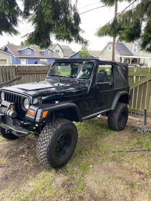 98 Jeep Wrangler 4.0 manual for Sale in Everett, WA