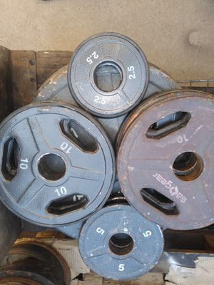 295 lbs of Olympic Weight plates: 45×2+35×2+25×2+10×7+5×2+2.5×2 for Sale in Phoenix, AZ