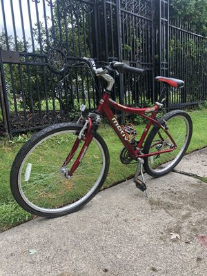 Mountain Bike for Sale in Detroit, MI