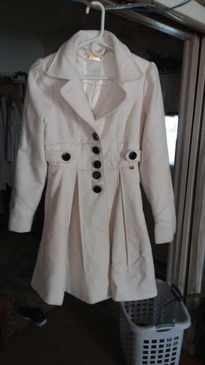 Gorgeous white coat! for Sale in Forest City, IL