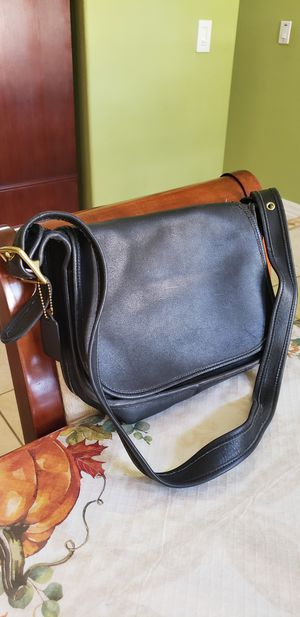 Coach Vintage black leather crossbody bag sling messenger purse for Sale in St. Cloud, FL