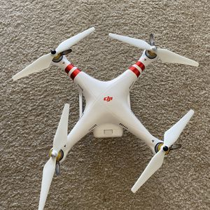 DJI Phantom 3 Standard With Camera Charger & Packing for Sale in San Jose, CA