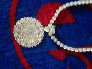 30 inch 14kt gold plated great quality round cz chain with large gold plated round cz icy gold plated medallion. Great quality piece. 200 obo. for Sale in Mechanicsburg, PA