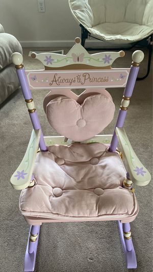 Kid's princess chair for Sale in Bowie, MD