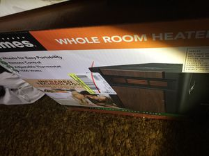 Holmes whole room heater for Sale in Fresno, CA
