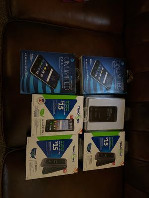 6 prepay phones (tracphone & ATT) for Sale in Chandler, AZ