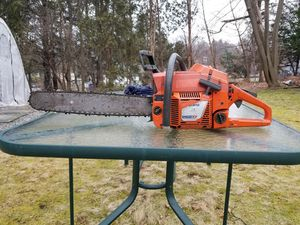 Husqvarna 262XP Chainsaw for Sale in Watertown, CT