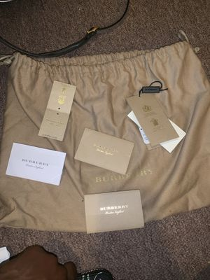 Burberry Women's Clutch Bag + Wallet *brand new* with recipes for Sale in Jersey City, NJ