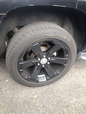 "Black OEM GMC 22"" set of rims with tires (trade) price $900 sale $1450 for Sale in Newark, NJ"