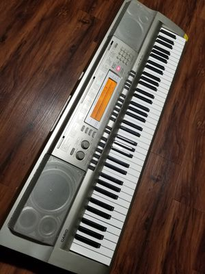 CASIO WK200 Keyboard, 76-key. $359 store new for Sale in Richardson, TX