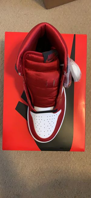 Jordan 1 Retro High Satin Snake skin 8.5W for Sale in Anaheim, CA