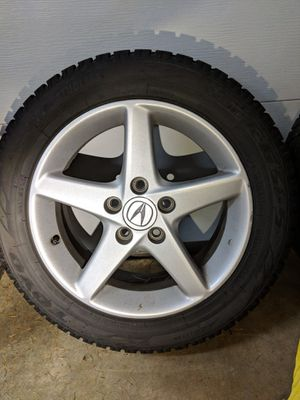 Toyo Snow Tires with Chains for Sale in Edgewood, WA