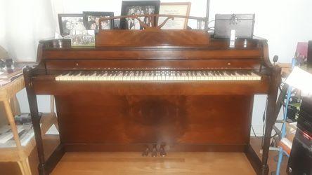 1948 Spinnette Baldwin Acrosonic Piano for Sale in Seattle, WA