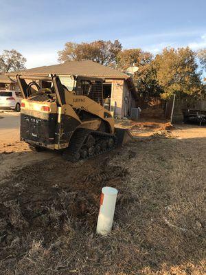 Bobcat &&&&&& dump traila for Sale in Dallas, TX