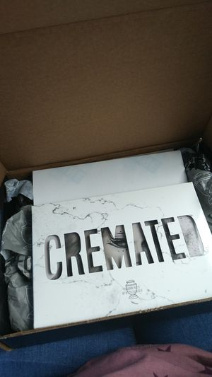 Cremated palette Jeffree Star authentic for Sale in Fresno, CA