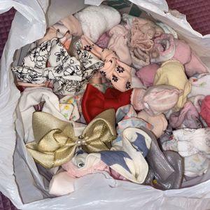 Baby Girl Bows, Socks & Mittens for Sale in Oklahoma City, OK