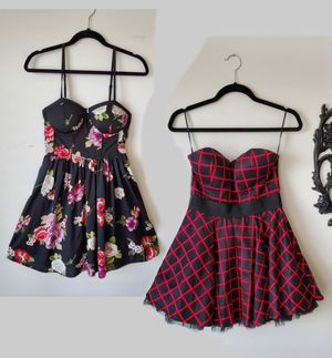 Midi Dresses: Floral Spring/Summer & Black and Red Tulle for Sale in Nashville, TN