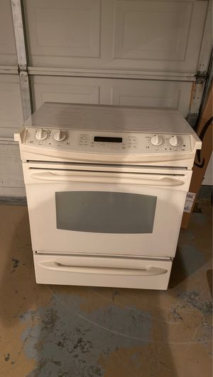 GE Kitchen stove top appliance for Sale in Wellington, FL