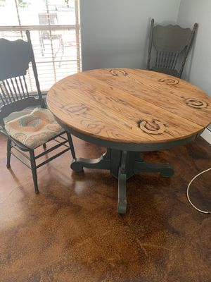 Kitchen table and 4 chairs for Sale in DeSoto, TX