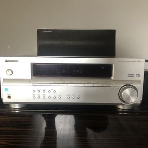 Pioneer Home Theatre Surround Receiver 5.1 for Sale in Queens, NY