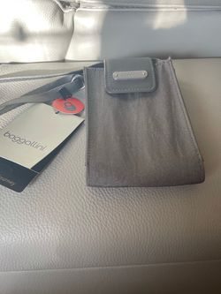 PhonCrossbody for Sale in Wapato,  WA