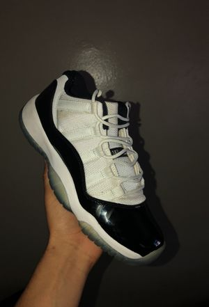 "Jordan Retro 11 Low ""Concord"" size 7 (condition 7/10) for Sale in New York, NY"
