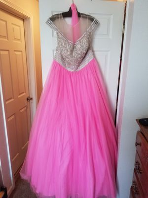 Sweet 16, Prom dress, Quinceanera Pink Desss for Sale in Junction City, KS