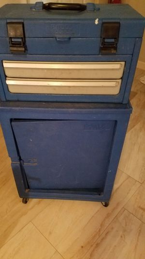 ROLLING TOOL CHEST WITH REMOVABLE TOOL BOX ON TOP for Sale in Youngtown, AZ