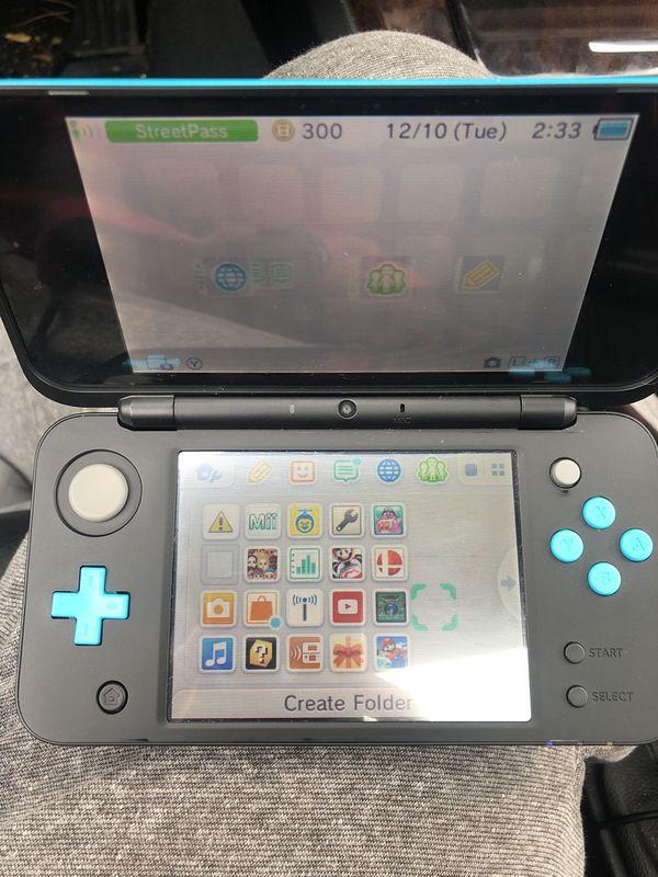 Nintendo 2DS Xl w/Mario Kart