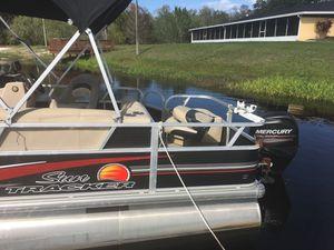 Suntracker pontoon for Sale in Kissimmee, FL