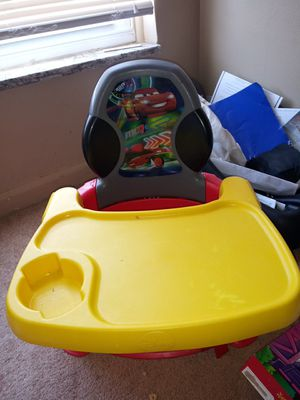 Cars toddl9 chair for Sale in Detroit, MI