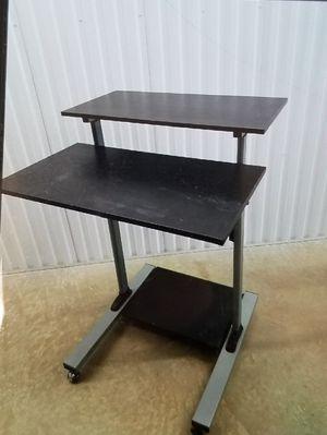 Desk, good condition. for Sale in San Antonio, TX