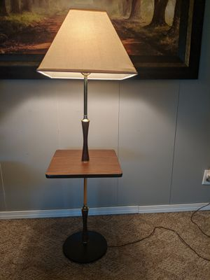 Cool Mid Century Lamp for Sale in Joliet, IL