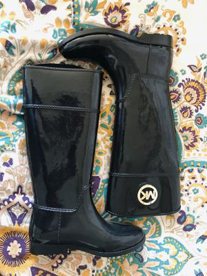 MICHAEL KORS RAIN BOOTS for Sale in Brooklyn, NY