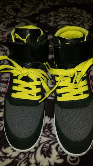 Puma Women's Size 7 Neon Pink and Yellow Sneakers for Sale in Nashville, TN