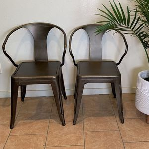 2 Gunmetal Chairs for Sale in Albuquerque, NM