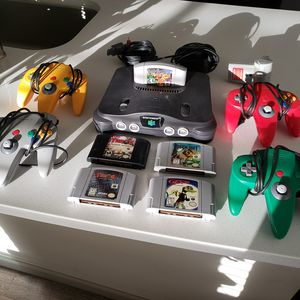 N64 Nintendo 64 + 5 Games + 4 Controllers // TESTED for Sale in Riverside, CA