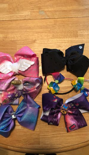 Jojo bows and two head bands for Sale in Miramar, FL